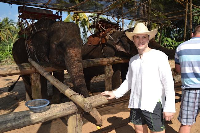Фото из слонами в Тайланде