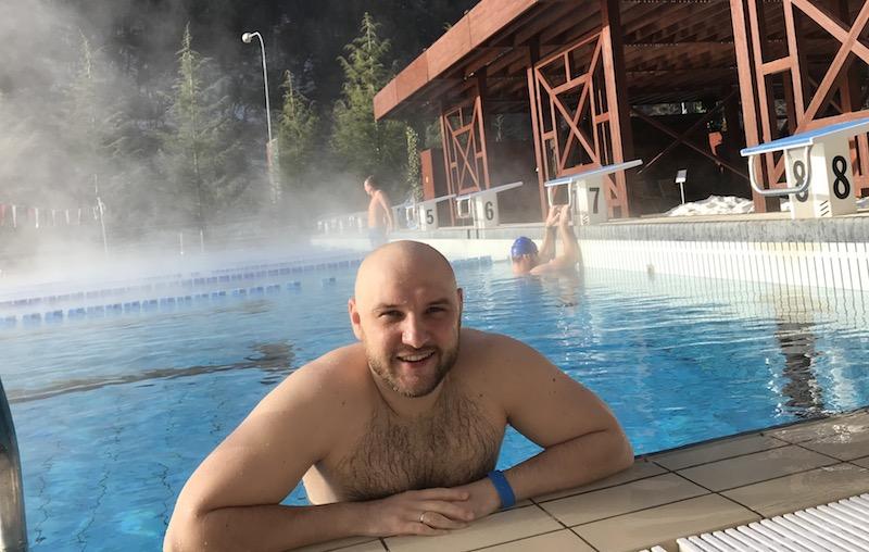 sweeming-pool